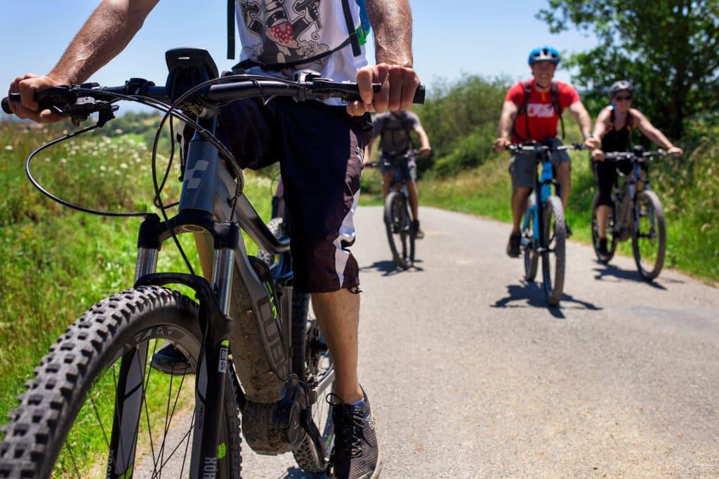 sioule loisirs vélo gour de tazenat vtt clermont-ferrand clermont video hmwk production audiovisuelle