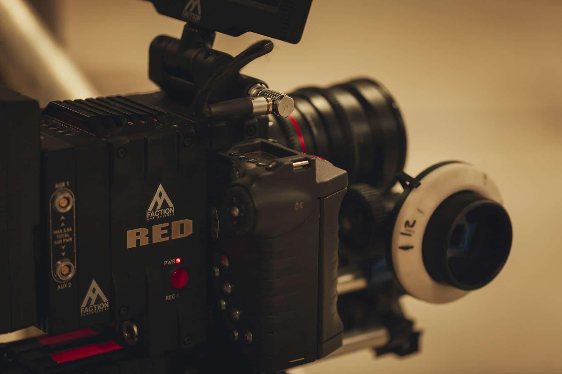 Sur le tournage de… LigOne - One another avec Faction Audiovisual