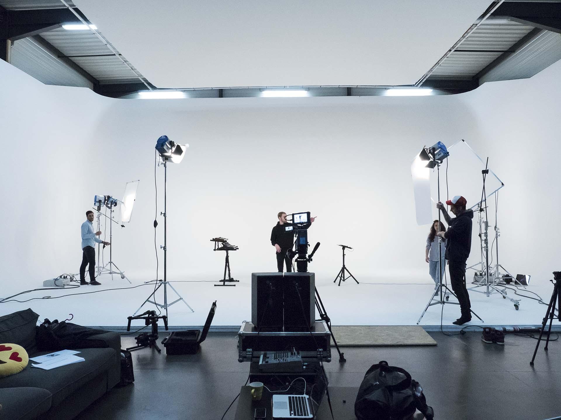 montage matériel audiovisuelle